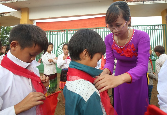 Value of education: Vietnamese teachers make a meager $100 a month